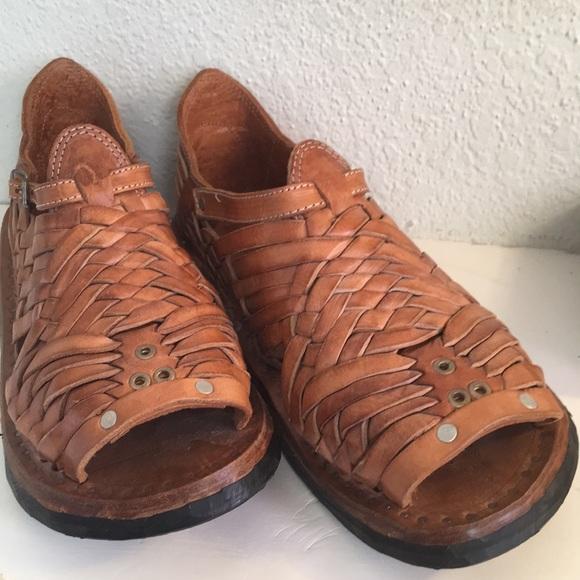 6ec503834714 Men s Mexican Huarache Ukata Sandals Tan Size 11. M 5bd3cca73e0caa5accf39695